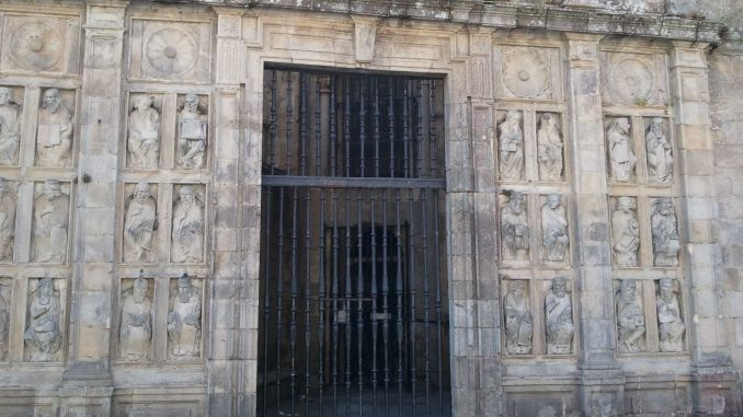 La porta Santa di Santiago de Compostela