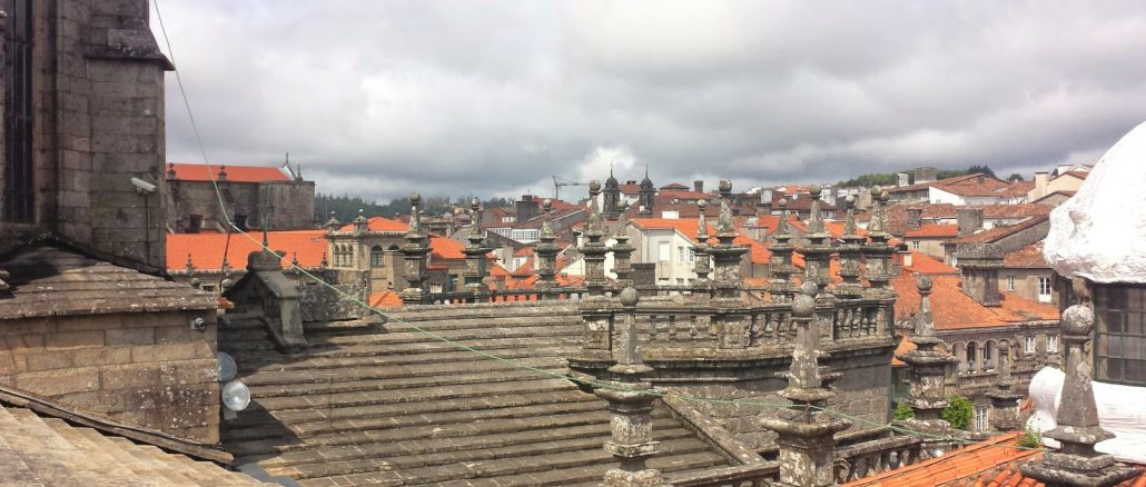 Vista dei tetti della cattedrale di Santiago de Compostela